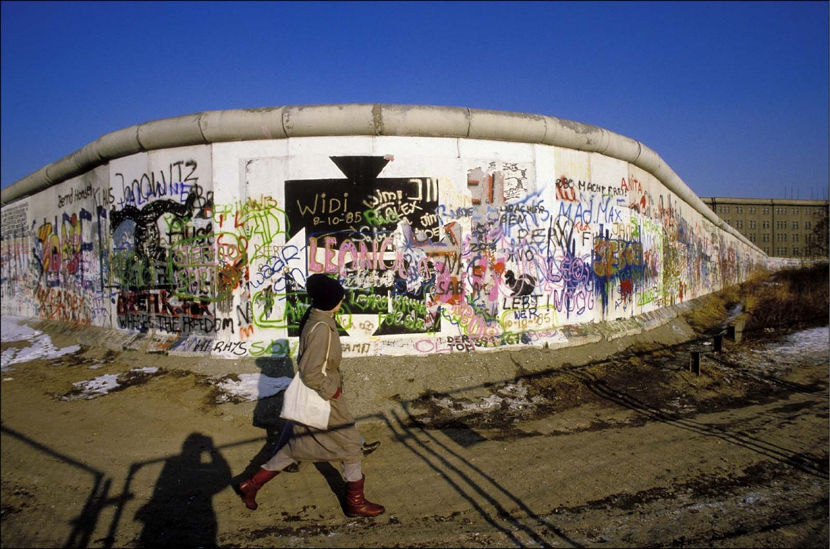 everyday-life-berlin-wall (7).jpg