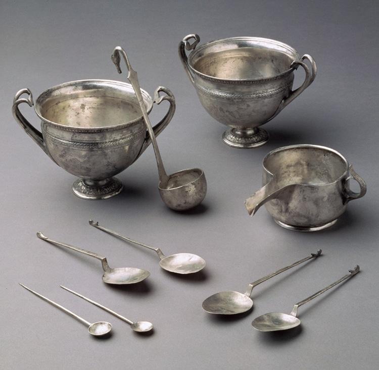 silver-tableware-hoard-roman-tivoli-2.jpg