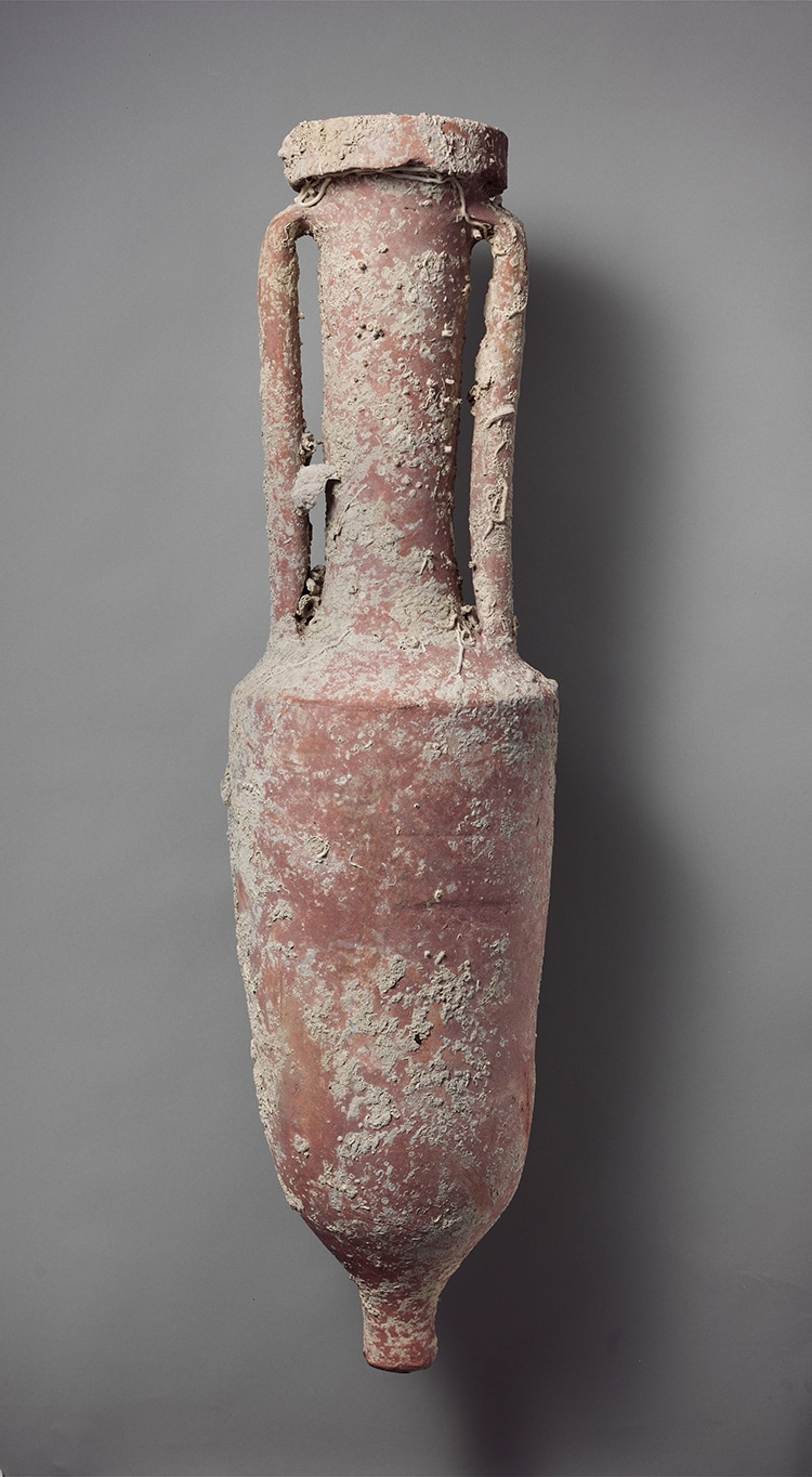 terracotta-wine-amphora-drink-1.jpg