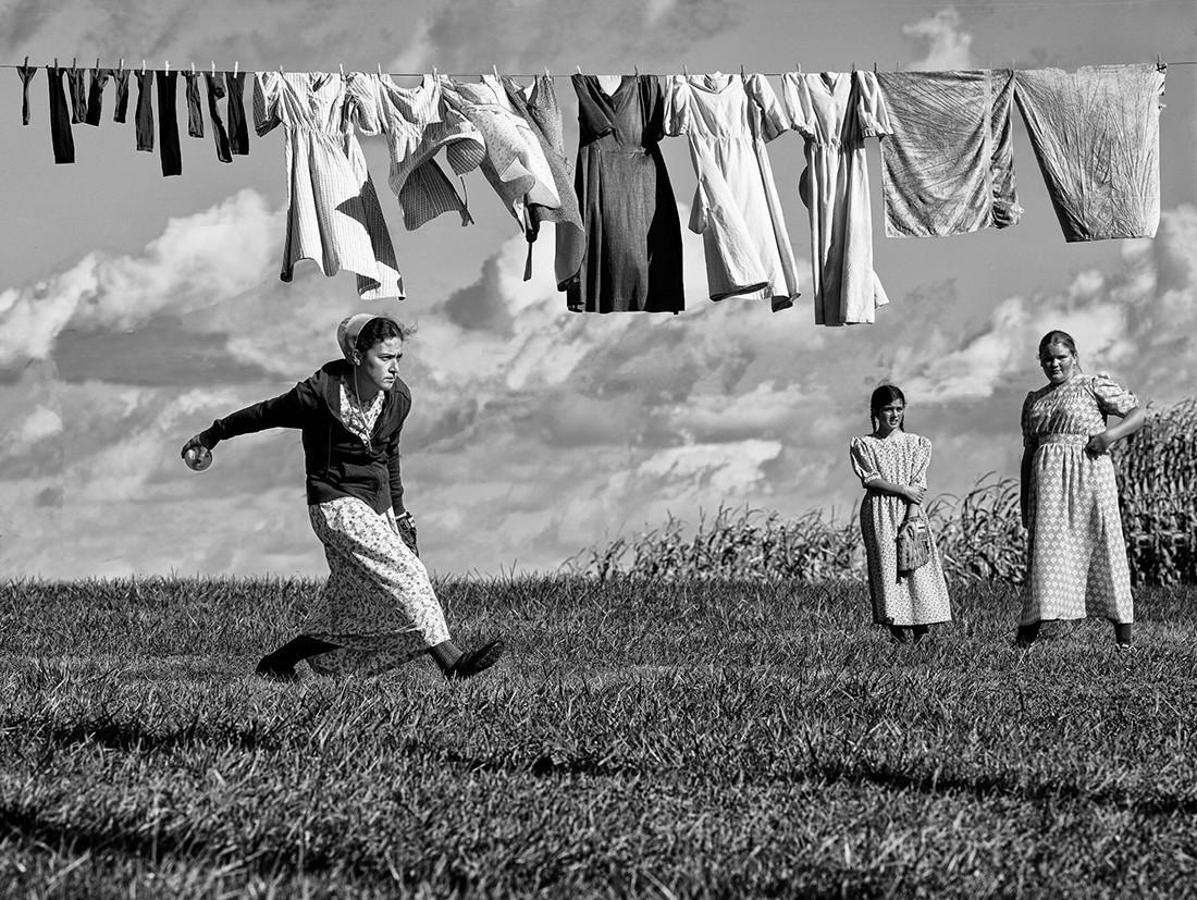 stirka-i-softbol-amishej-1-e-mesto-v-kategorii-fotozhurnalistika-2020-avtor-uil-yam-vest-mladshij_large.jpg