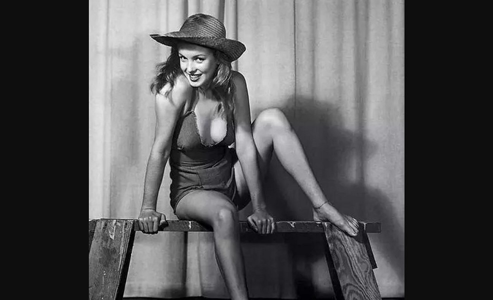 Когда Мэрилин Монро позировала Эрлу Морану  (1).JPG