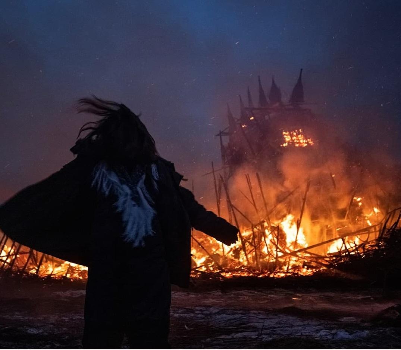 на Масленицу сожгли «Коронавирусный огрский замок» (10).jpg