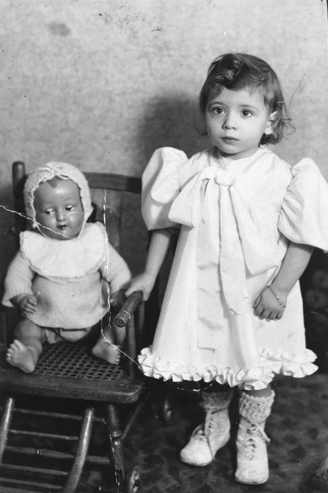 Они не успели наиграться в куклы (2).jpg