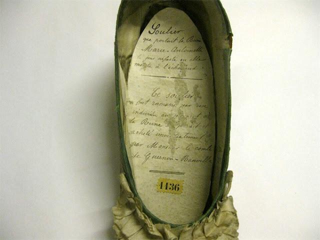 marie-antoinette-execution-shoe-3.jpg