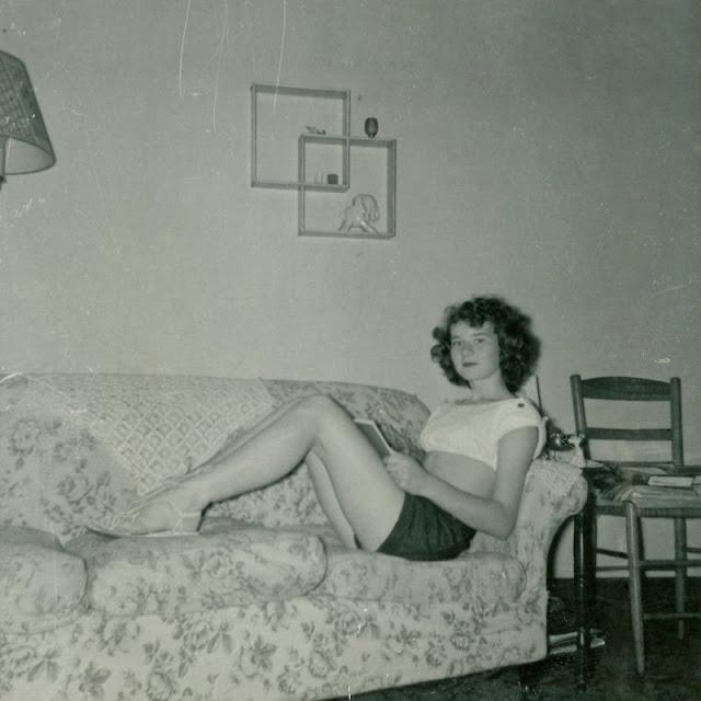 1940s-girls-2.jpeg