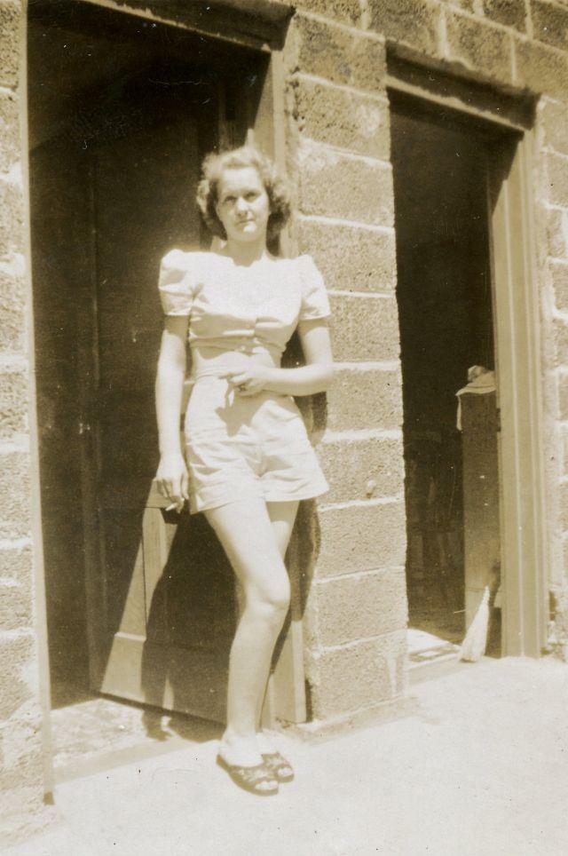 1940s-girls-12.jpeg
