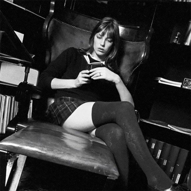 Джейн Биркин дома в 1971 году (3).jpg