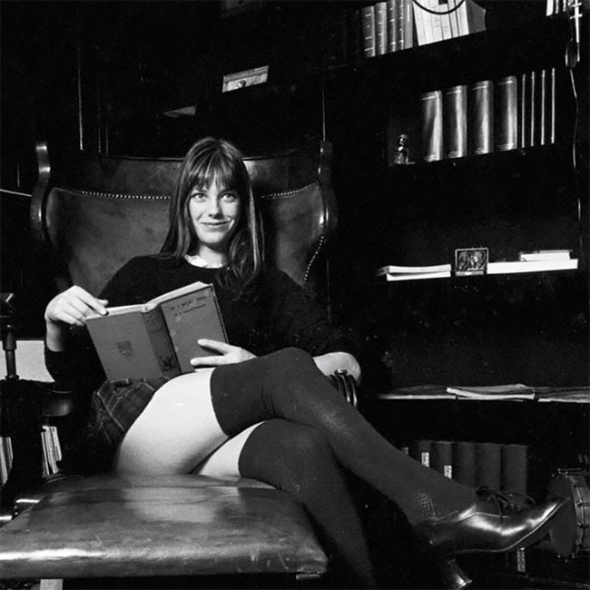 Джейн Биркин дома в 1971 году (5).jpg