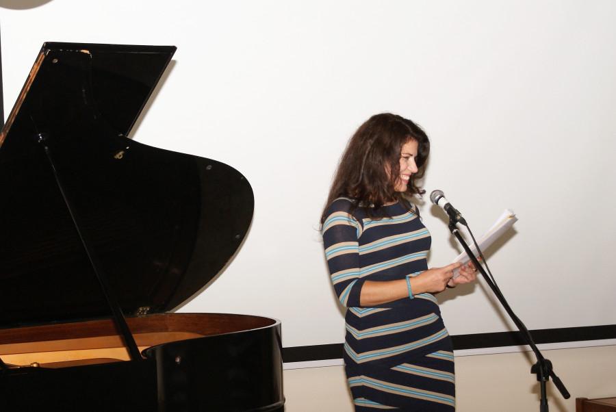 Картинки ребенок за роялем