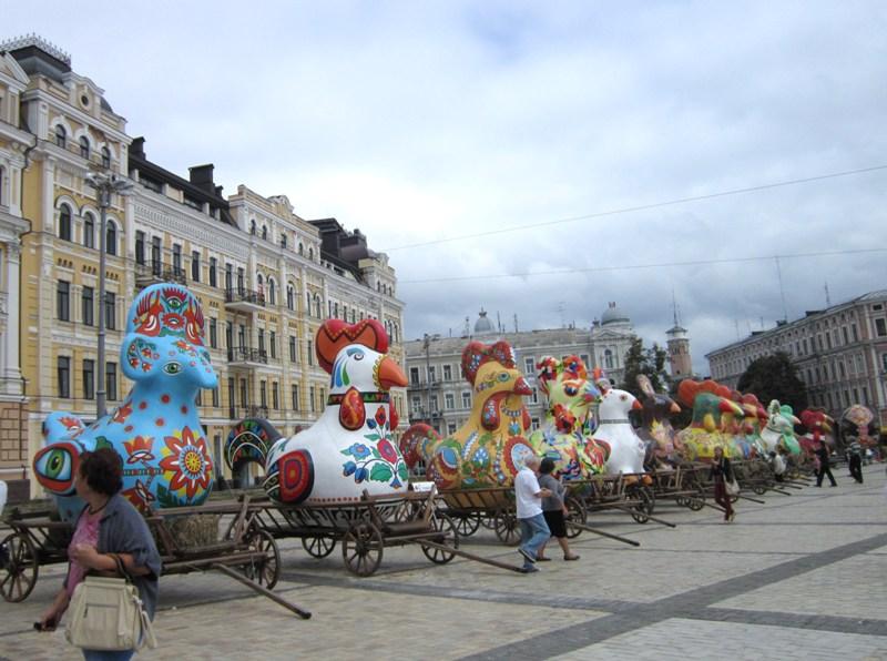 Курочки на Софийской площади