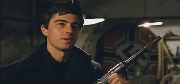 кадр из филма брат-2