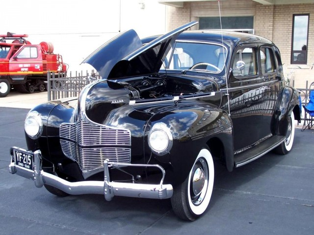 1940 chrysler corp cars the day lord k for 1940 dodge 4 door sedan