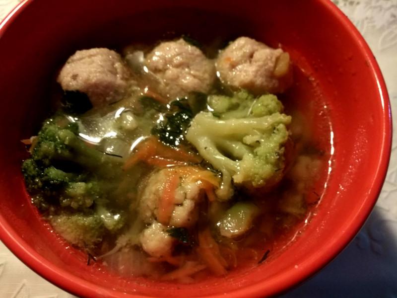 Мясные тефтели+замороженные овощи и суп готов за 5 минут