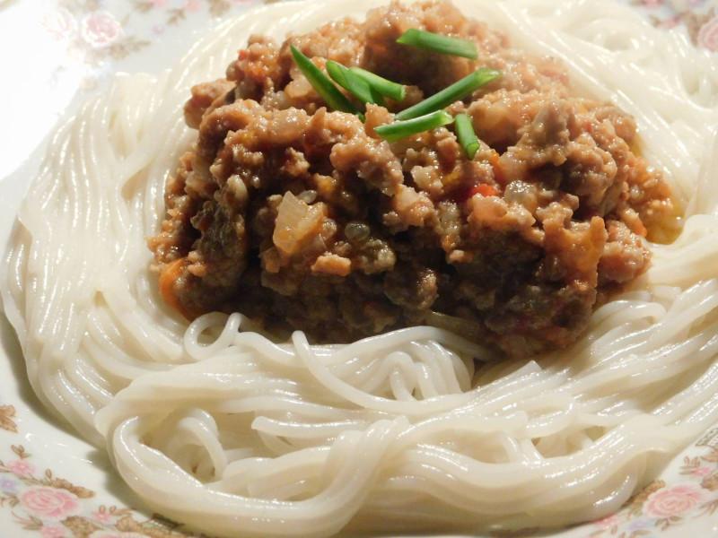 рисовая паста с соусом Болоньезе