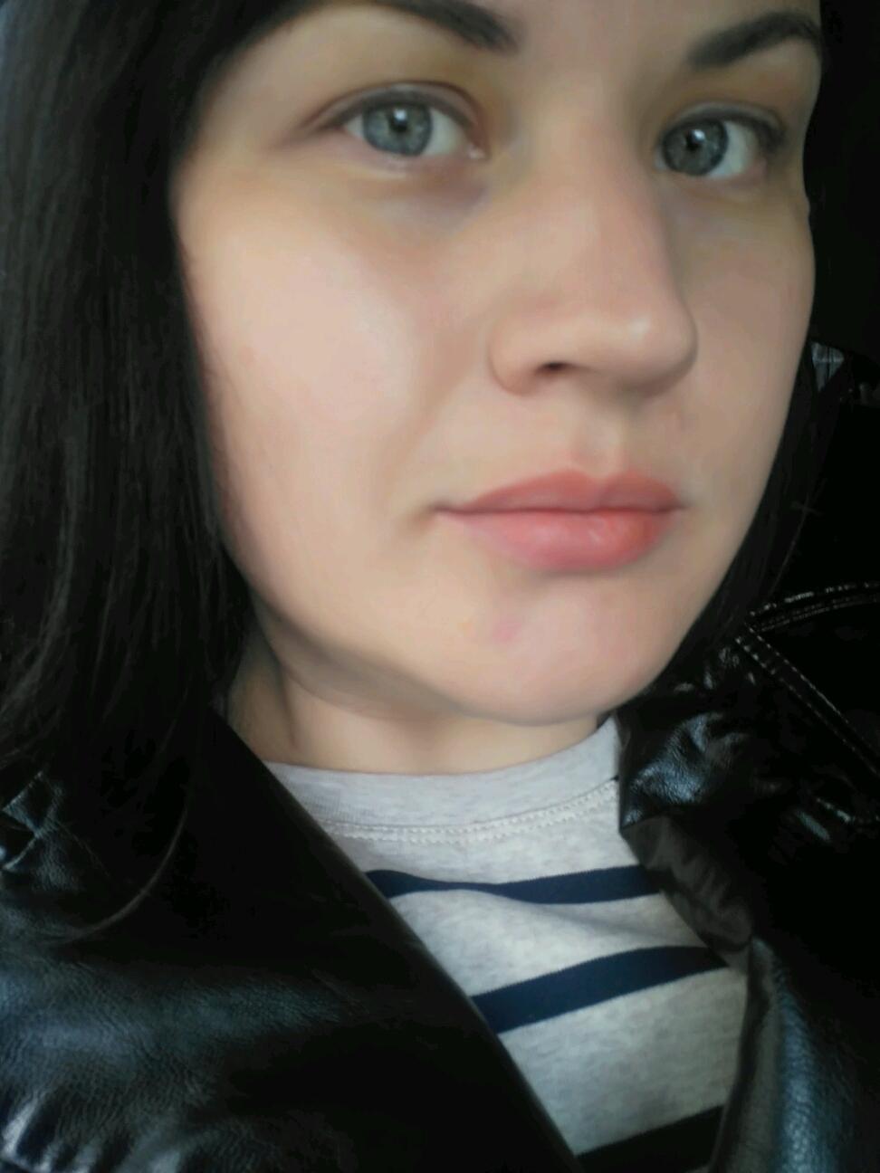 Минет с нарашеными губами