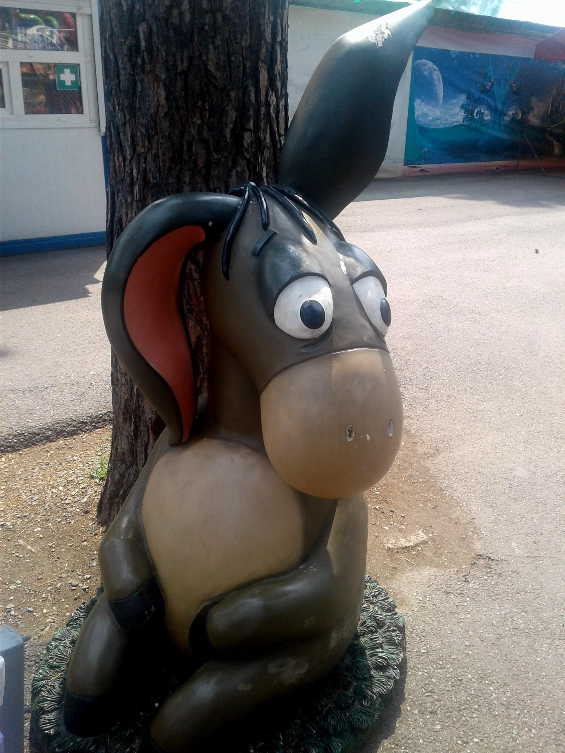 И Винни-Пух с Пятачком, Совой, Кроликом обитают недалеко