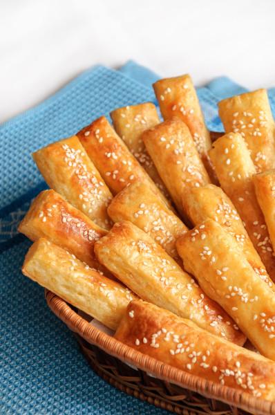 Палочки с сыром в духовке рецепт