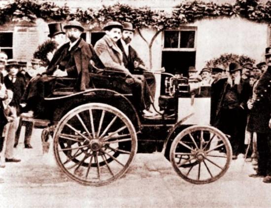 автомобиль Навроцкого
