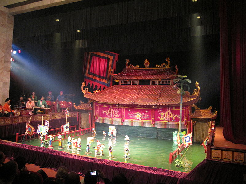 800px-Thang_Long_Water_Puppet_Theatre2