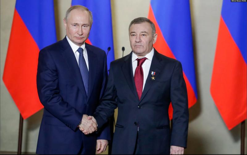 Падение в пропасть. Плохие прогнозы для Путина и всей России