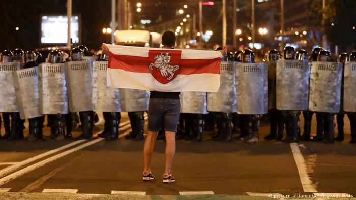 Белоруссия ужесточает правила выезда из страны