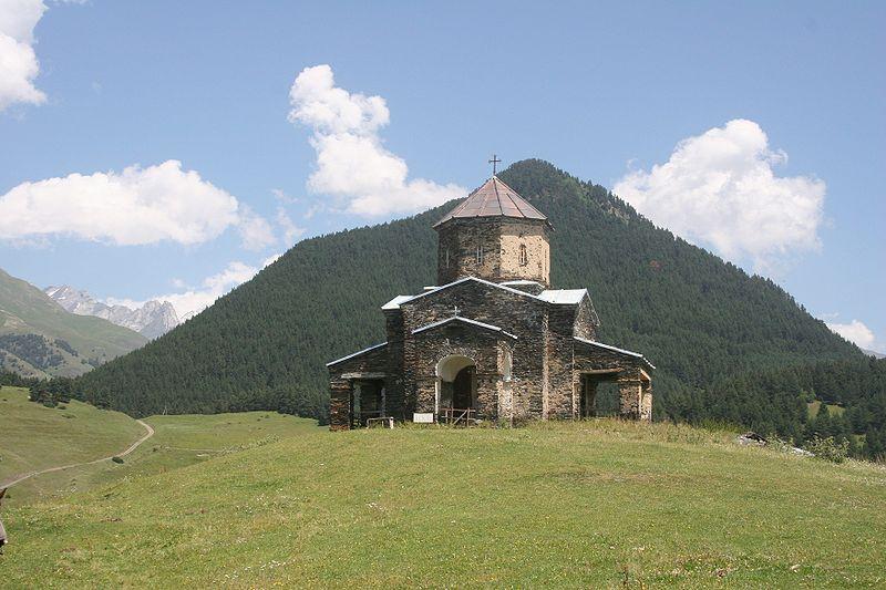Тушети.церковь в Шенако