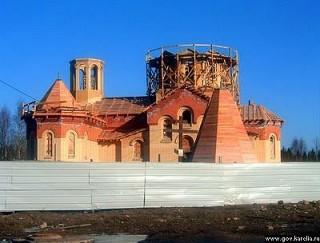 строительство церкви в Древлянке