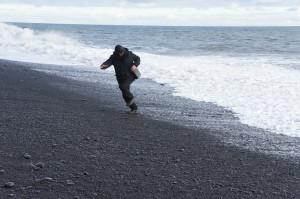 Бегаем от волны