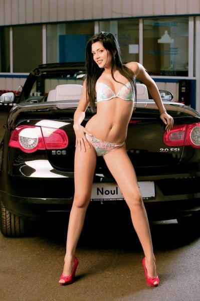 noul-volkswagen-eos-car-girl-3