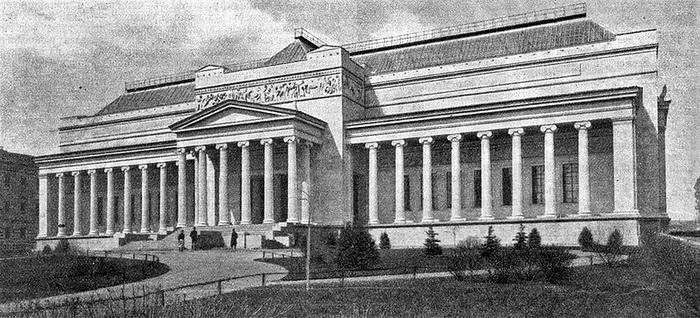 Музей в момент открытия