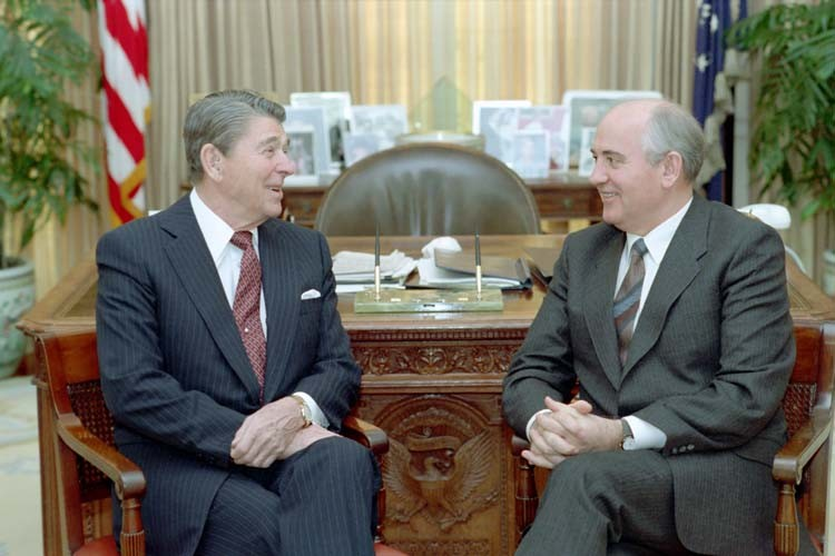 oval-office-2-1987
