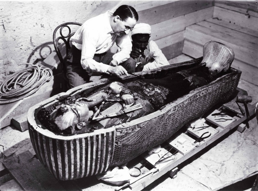 Tutankhamun-Howard-Carter