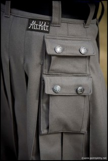 Side Dual Cargo Pockets