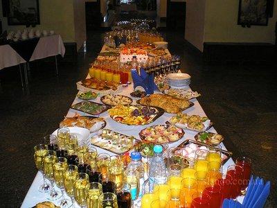 Фото фуршетного стола на свадьбу 54