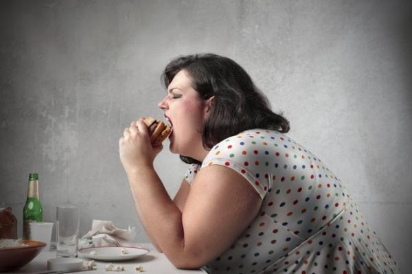 Россияне толстеют и продолжают смеяться над американцами
