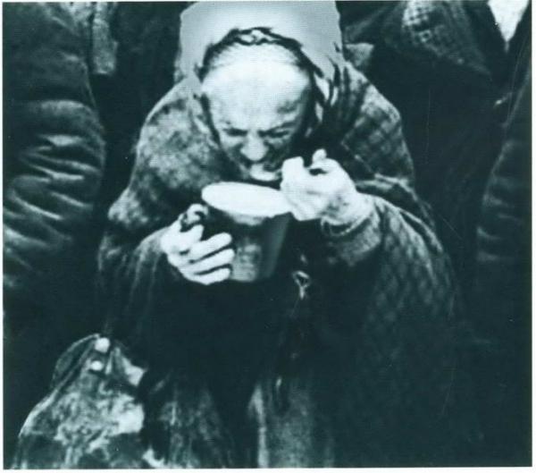 Уничтожаем продукты в память о блокаде Ленинграда?
