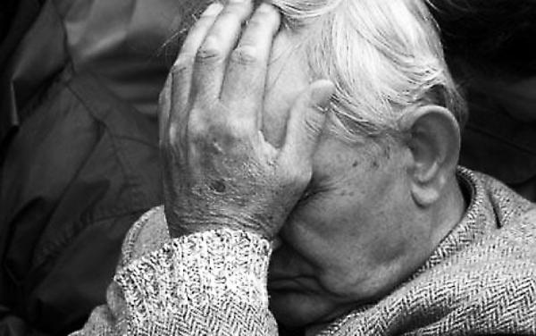 За полведра песка оштрафовали пенсионера