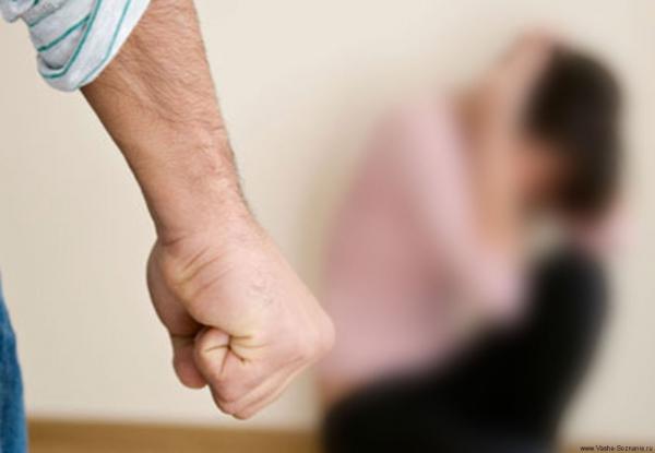 Кто санкционирует домашнее насилие в России