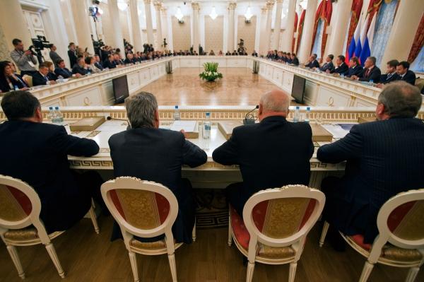 """Российским """"органам"""" пора проверять свои кадры"""