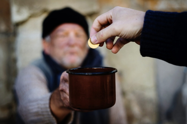 Число бедных в России выросло до максимума с 2006 года