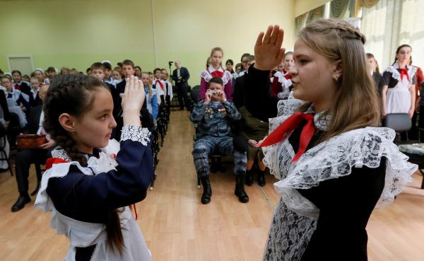 Сборы в школу слишком дорого обходятся российским родителям