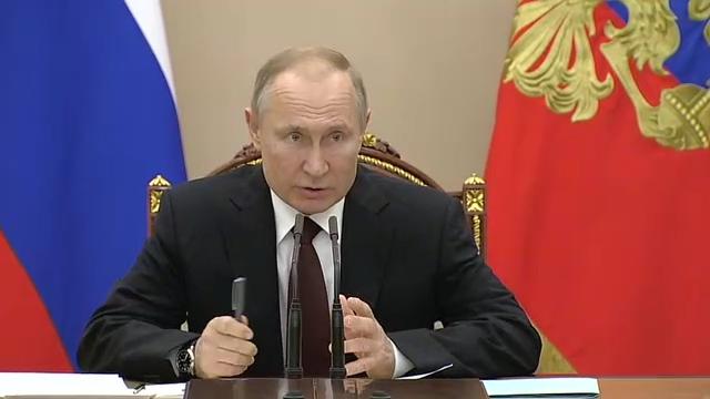 20200205_16-20-Совещание счленами Правительства - Президент России-pic01