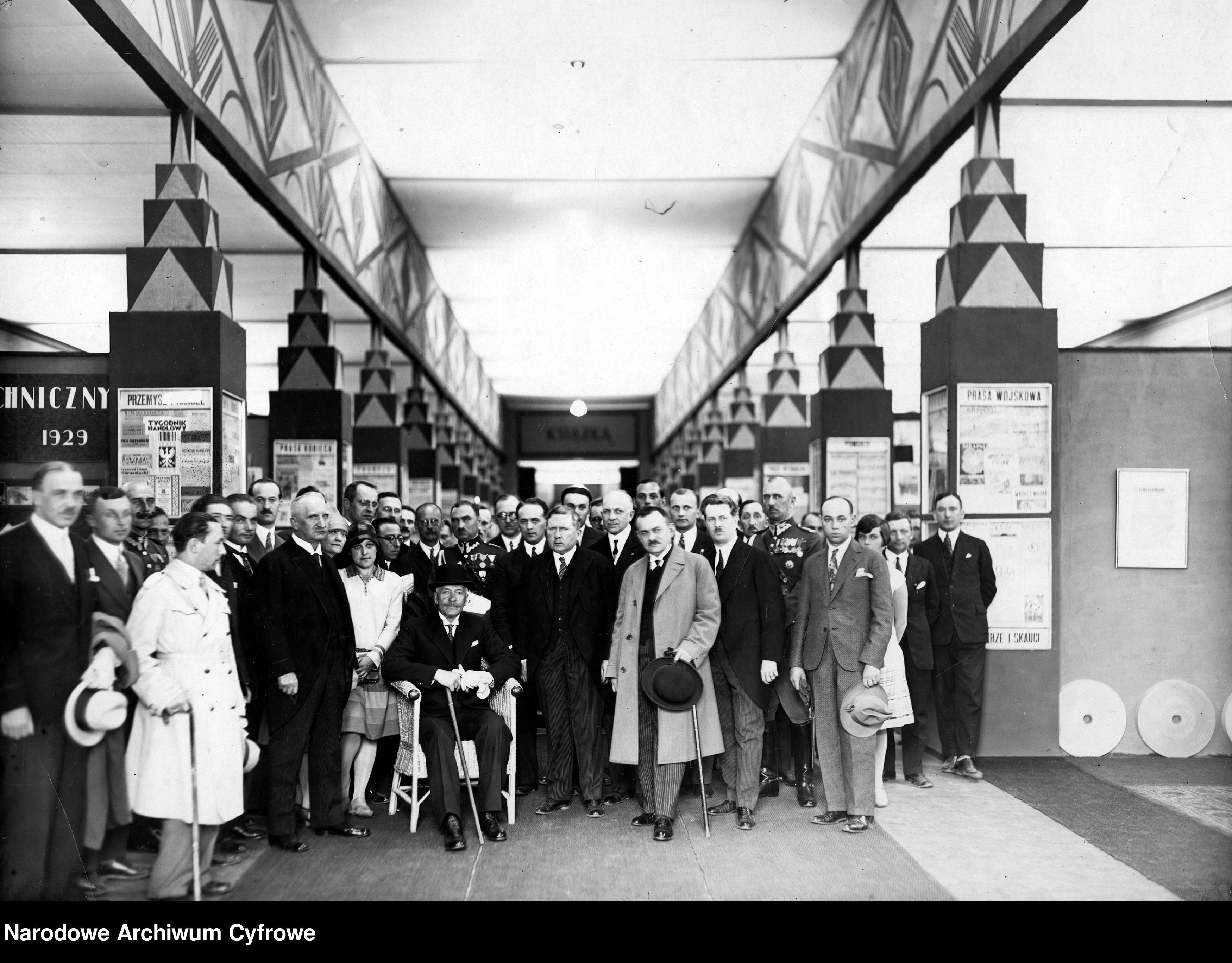 19290529-Wizyta prezydenta RP Ignacego Mościckiego na Powszechnej Wystawie Krajowej w Poznaniu-pic07~3_1_0_8_1002_1_1_76534