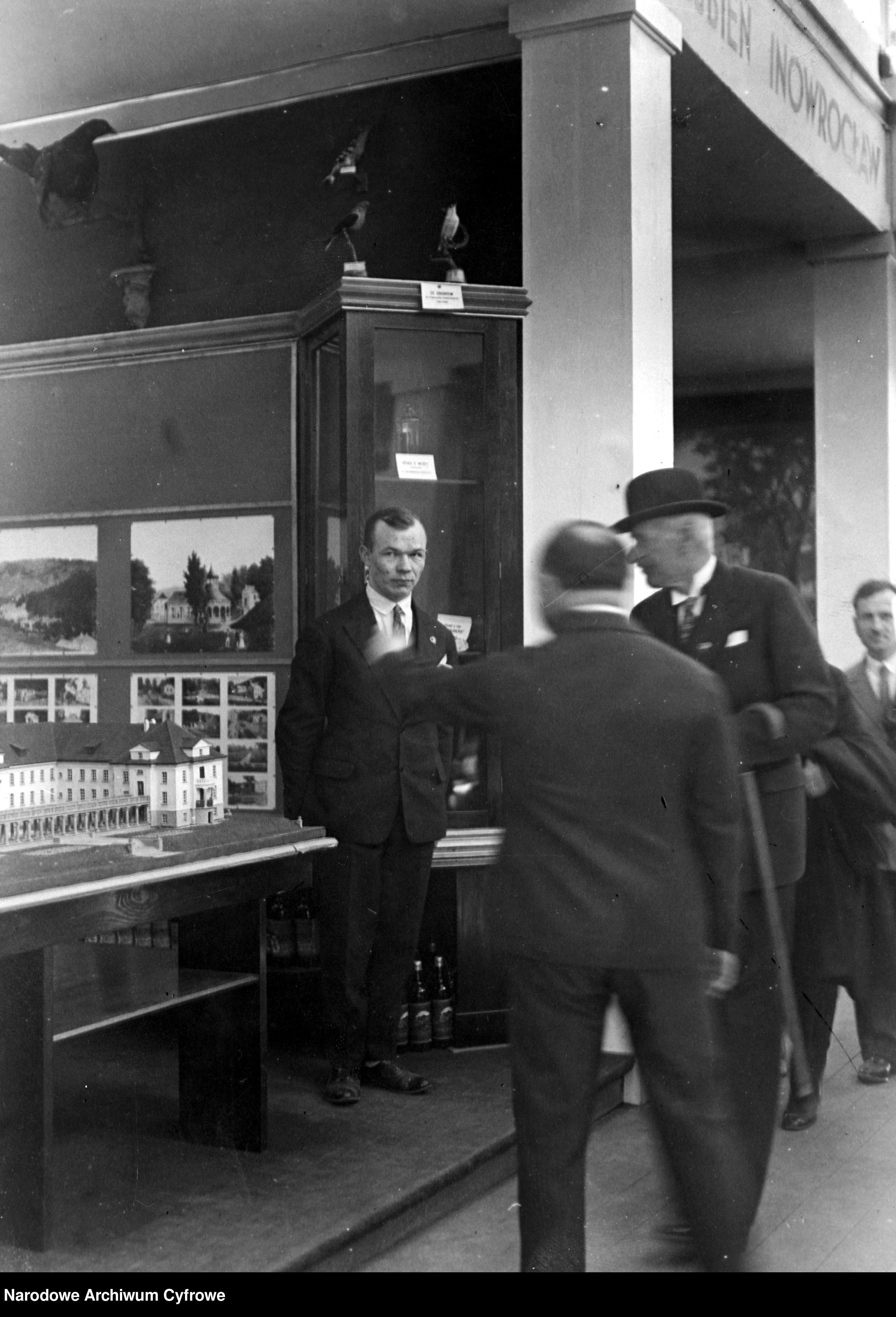 19290529-Wizyta prezydenta RP Ignacego Mościckiego na Powszechnej Wystawie Krajowej w Poznaniu-pic10~3_1_0_8_1002_1_1_76534