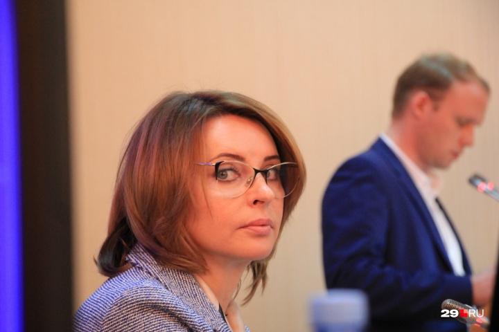 20200714_16-57-Валентина Сырова прокомментировала решение Ломоносовского суда о своём дипломе-pic1