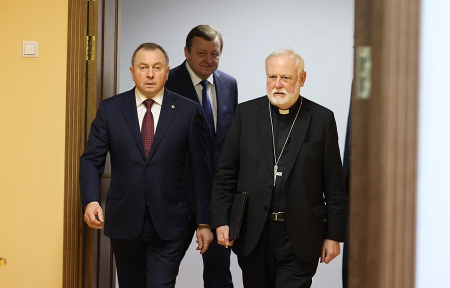 20200916_08-18-Папа Римский приедет в Минск Что происходит в Белоруссии-pic1