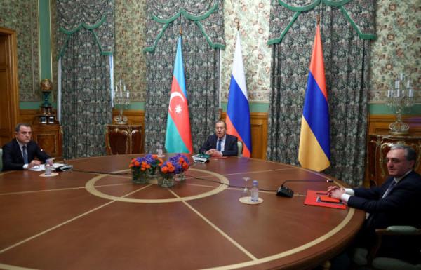 20201010_03-03-Ереван и Баку договорились о прекращении огня в Карабахе-pic1