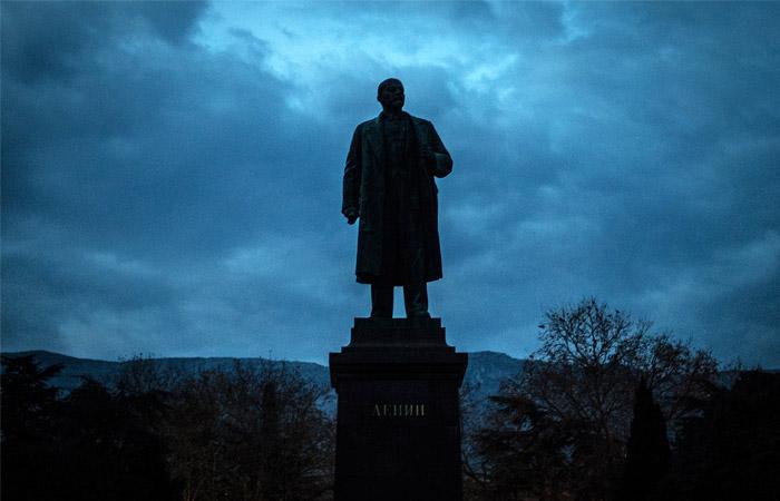 20160121-Памятник Владимиру Ленину в Ялте