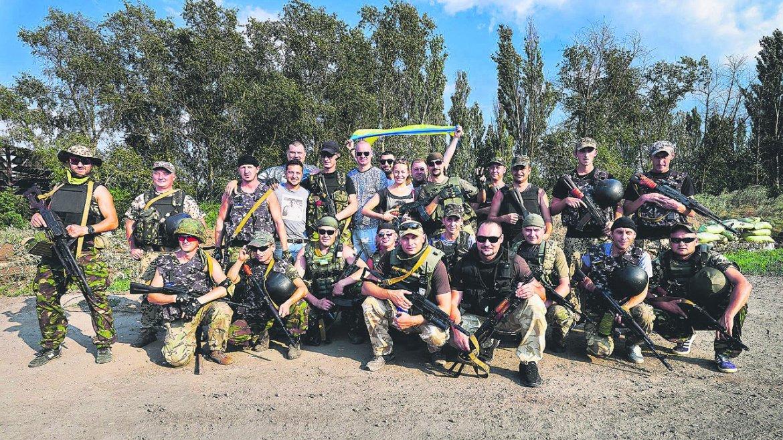 Квартальцы на военной базе под Мариуполем