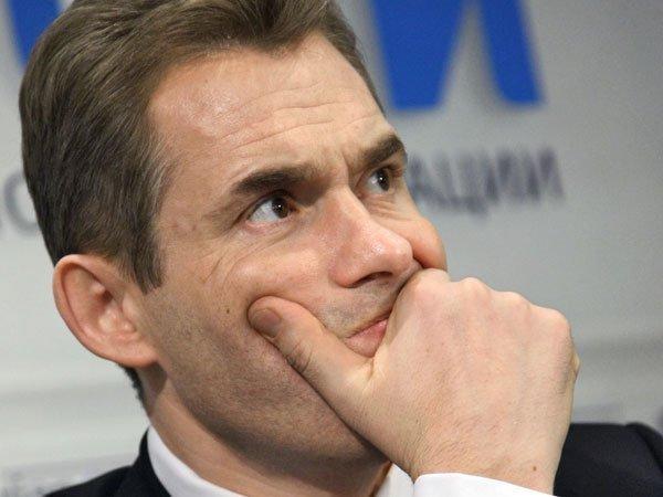 Астахов пообещал ответить подписавшимся за его отставку продолжением работы